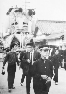 昭和40年代喜多浜みこし(新町通り)